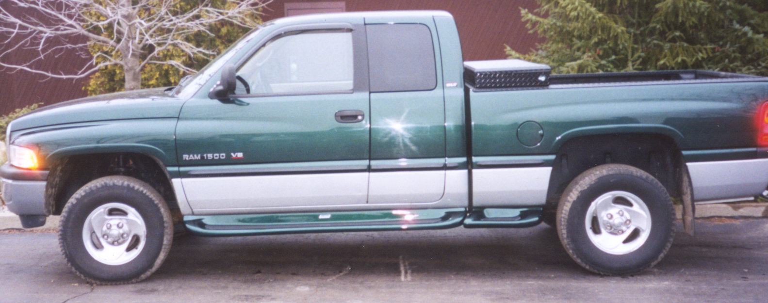 running boards glastep plus custom molded fiberglass cab and bed length 94 01 dodge ram 1500 94 02 dodge ram 2500 3500 gray primer owens products owens products dodge ram 2500 3500