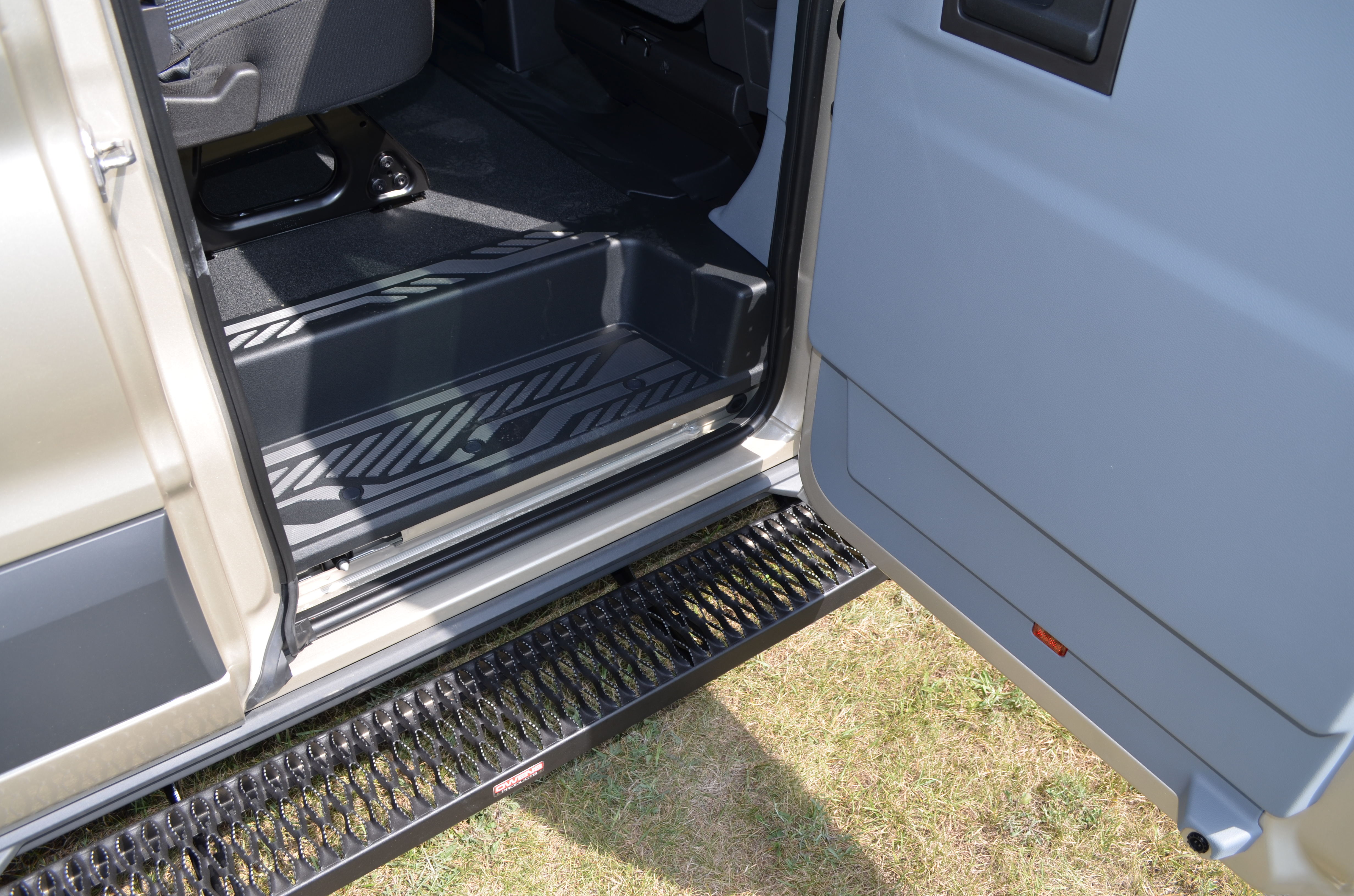 Running Boards Grip Strut Commercial Steps Short Driver Long Ford View The Full Image